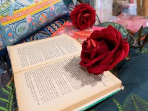 12 Most Romantic Valentine's Day Gifts For Book Nerds