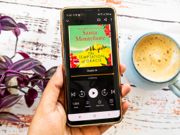 16 Highly Popular Audiobooks that are worth Listening on your Audible Free Trial
